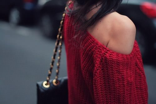 how to wear an off the shoulder sweater